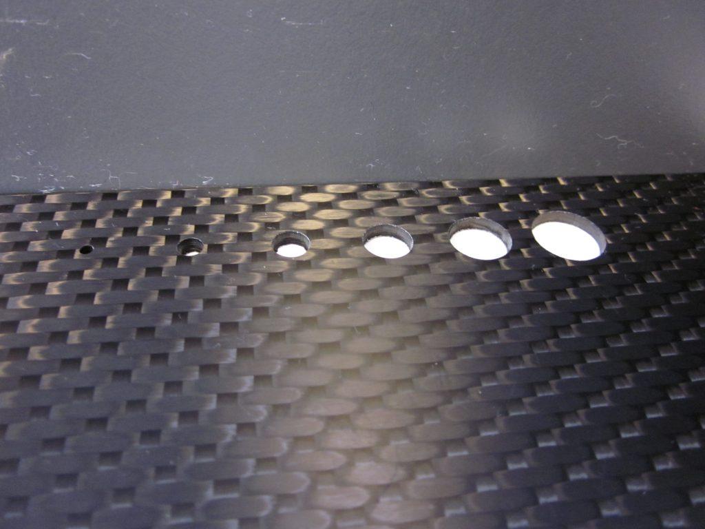 Découpe laser de matériau composite CFRP