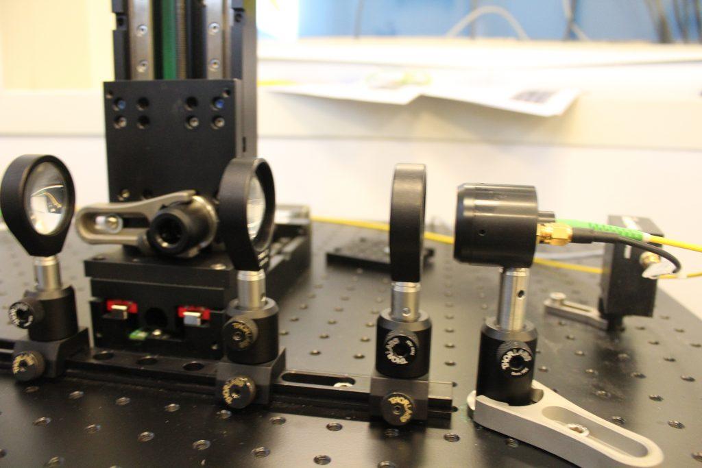 Fibre coupled TDS THz system